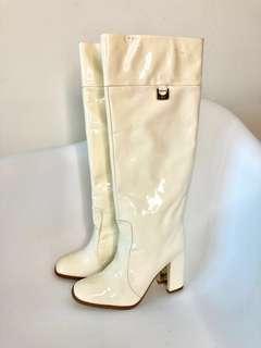 💯真品 包順豐快遞 未著過 Auth DVF Diane von fustenberg patent boots 白色漆皮長靴