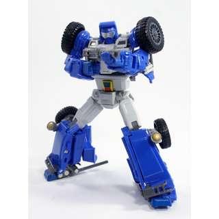 [Preorder] X-Transbots XTransbots, MM-VIII Arkose (MP Beachcomber), reissue