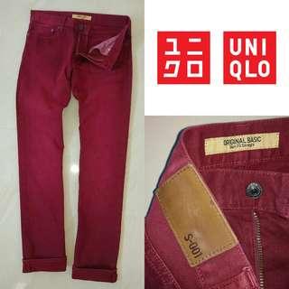 Uniqlo Slimfit Straight Jeans Maroon Size 32 .