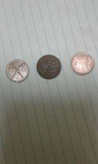 Duit syiling lama malaysia 1sen 3 generasi.berlatar keris 1962,.Parlimen 1979,.Gendang 1997
