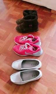 NIKE 桃紅女運動鞋  跑步鞋 球鞋 低筒短靴 白休閒鞋二手女鞋出清