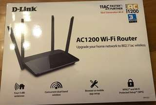 D-Link Router AC1200 WiFi wi-fi wireless. 新淨 操作正常 半價再減