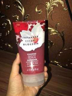 Bath& Body Works Cherry Blossom Foaming Sugar Scrub