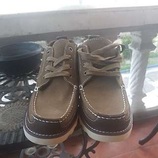 AEO Shoes - Size 9