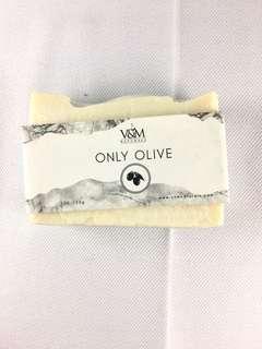 V&M Naturals Only Olive