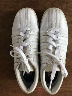 Preloved K-SWISS shoes