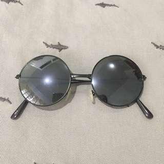 Sunglasses 👓