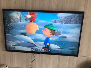 LG Smart Tv 4K 49UH610T with warranty