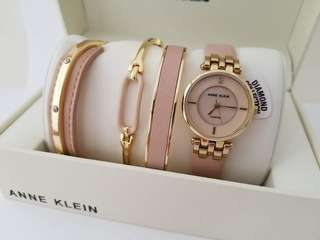 Anne Klein Women's Gold Tone Diamond Pink Leather Bracelet Watch set, 32 mm.  P7,200 free shipping.
