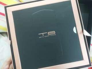 美圖T8(85%新,128gb港貨,包2個手機殼)