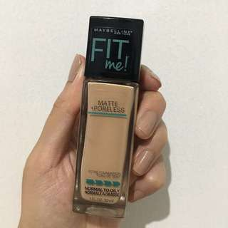Maybelline Fit Me Matte & Poreless Foundation (Shade 125 Nude Beige)