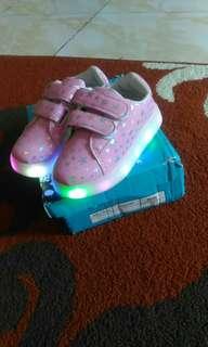 Sepatu LED Start Pink