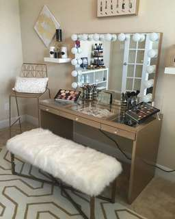 Sale! Vanity table and mirror