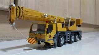 1:50 hy crane diecast model