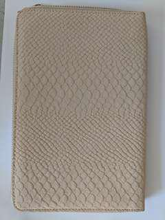 Creme Snake Skin Clutch Wallet