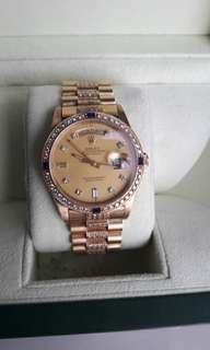 Pre owned Rolex President 18K Gold 36mm Oyster Perpetual with Sapphire and Diamond