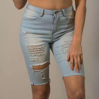 VALLEYGIRL DISTRESSED JEANS