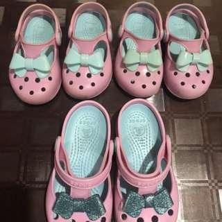 Crocs bow