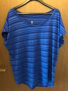 H&M stripes blue top ladies