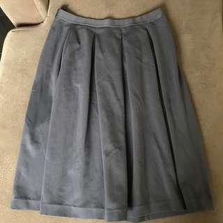 Uniqlo grey garterized skirt