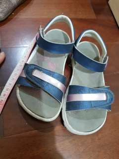 Oshkosh shoes blue no 9