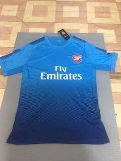 MENs Football Jersey - Arsenal (Replica) medium size
