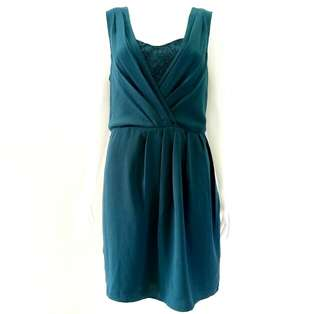 Dress zamrud brokat Oasis