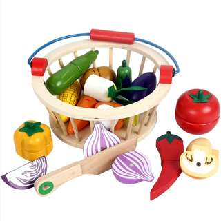 BN Wooden Magnetic Vegetables Pretend Play Toy Set w/ Wooden Basket