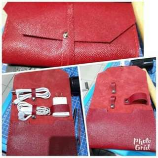 Cord Organizer With External Drive Slot (Pure Leather