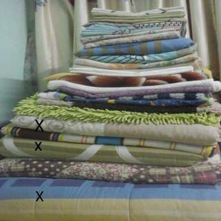 selimut, cadar, bed sheet, blanket, pillow cover, sarung bantal, bath mat, alas kaki.
