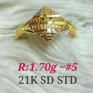 ( size: 5 ) 21K SAUDI GOLD RING ''..