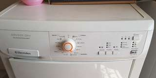 Clothes dryer vented electrolux