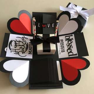 Explosion box with gift box , 8 waterfall in black , red and white