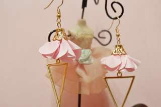 Elisse tassel earrings (Pink, Blue, Beige)