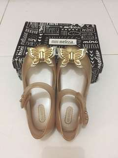 Mini melissa gold butterfly size 9