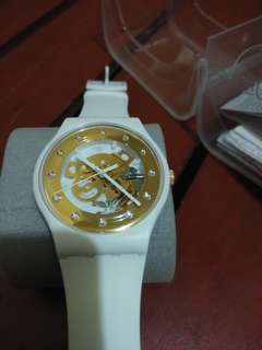 Swatch good as new