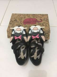 Mini melissa black cat size 9