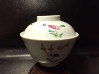 聽雨樓:#MFC-0122:【民國】民國粉彩四季花卉紋蓋碗一套