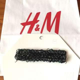 🚚 H&M HM 珠珠裝飾彈力頸鍊/鎖骨項鍊/造型短鍊/短項鍊/飾品/頸鏈~生日禮 聖誕節禮 交換禮物 搭配衣服