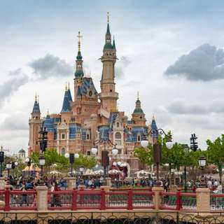 AMI Travel | 5D4N Enchanting Shanghai (Disneyland) & Hangzhou, China