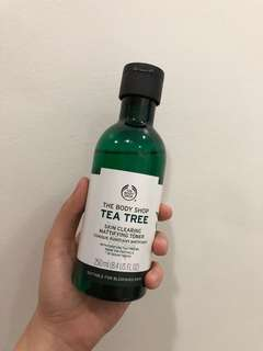 🌸REPRICED🌸The Body Shop Tea Tree Skin Clearing Mattifying Toner