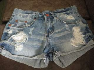 Korea vintage denim ripped short