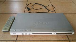 LG DK8621P DVD VCD CD PLAYER; WITH ORIGINAL REMOTE; WORKING CONDITION