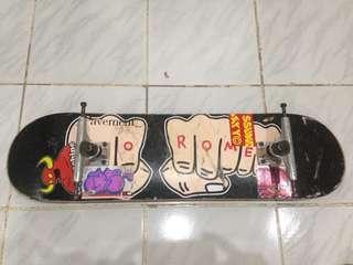 Wts Skateboard DECK TOYMACHINE & Thunder truck 147