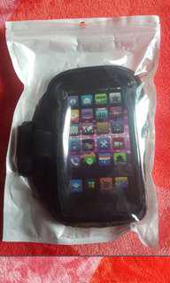Sports armband Smartphone pouch.