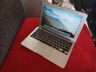 Macbook Air Core i5 Mid 2011 Masih Mulus Dan Normal