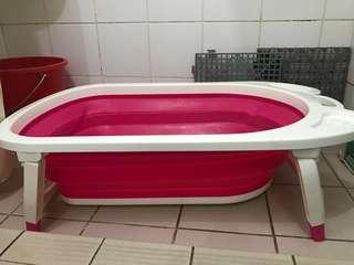 嬰兒浴盆 初生可使用 可用到二歲