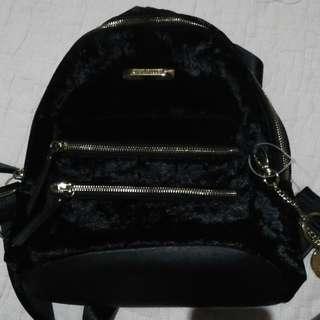 BRAND NEW STEVE MADDEN BAG (REPRICED)