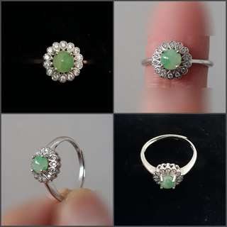 Jadeite Ring(翡翠戒指). Set in 925 silver plated white gold Ring with zircon. With certificate. Direct from Myanma.