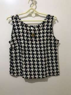 Vintage Houndstooth Sleeveless Top